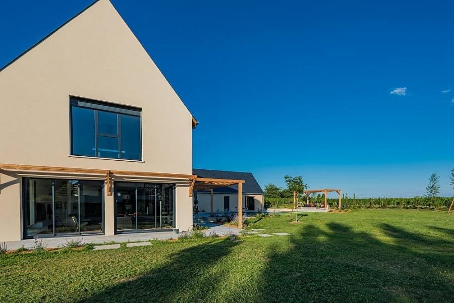 Construction maison individuelle contemporaine tours for Maison moderne 31